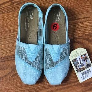 Toms blue lace flat shoes